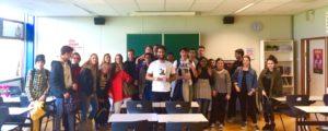 Mano Bouzamour, schrijver van De belofte van Pisa, bezocht Havo 4 vandaag in hun lessen Nederlands