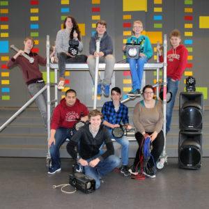 Van boven van links naar rechts: Vincent, Carmen, Tijmen, Noah, Arend Onder, van links naar rechts: Guillaume, Jalmer, David, en Willemijn