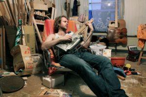 Goslink, een bekende Rotterdamse muzikant-schilder-en instrumentbouwer
